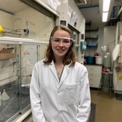 McKenna Hanson Awarded Competitive Department of Chemistry Excellence Fellowship